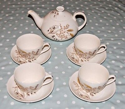 Vintage Ridgway Sunblest Teapot & 4 Tea Cups and Saucers Set.