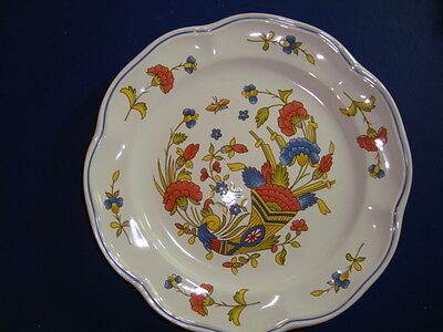 """French hand painted faience plate by Pornic, Brittany, Diameter"""" 10.5"""""""