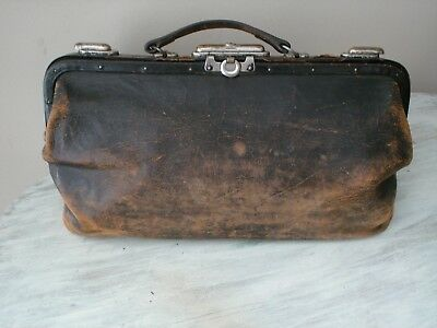 Antique Early 1900's Black Cowhide Leather Doctor's Medical Bag With Lock Good