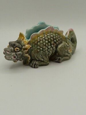 SELTENE MINIATUR JARDINIERE IN DRACHENFORM  MAJOLICA DRAGON PLANTER 19th ct