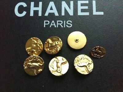 Chanel gold buttons horses Lot of (6 metal size 25 mm)+1 sewing element,7 pieces