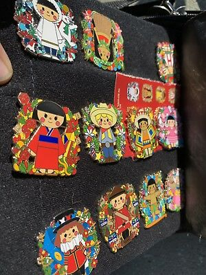2018 Holiday mystery Pin Box - It's A Small World, Limited Release