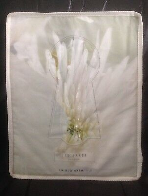 Ted Baker Pearly Petal Super King  Duvet New