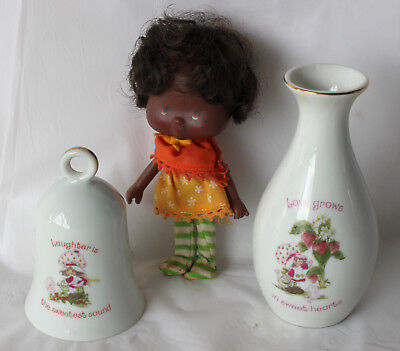 VINTAGE STRAWBERRY SHORTCAKE Porcelain Vase & Bell 1980 & Orange Blossom Doll