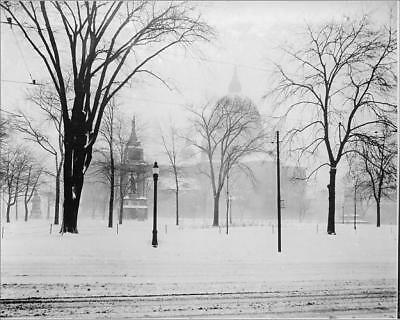 """18174847 10""""x8"""" (25x20cm) Print of Montreal In Winter"""