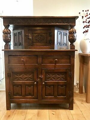 Antique Ornate Large Carved Oak Court Cupboard Cabinet Sideboard Dresser.