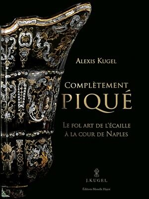 Complètement piqué, gold, tortoiseshell and mother-of-pearl