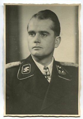 German Wwii Archive Photo: Elite Troops Officer With Knight's Cross, Name