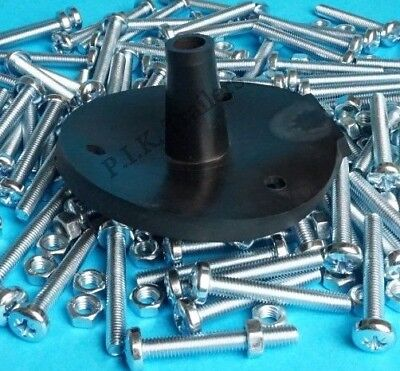 30 x 7 Pin 12N Socket Gasket Seals with Fixing Bolts Nuts for Trailer & Caravan