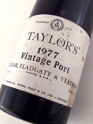 1977 TAYLORS Fladgate Vintage Port ISLE OF WINE