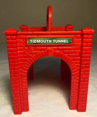 Thomas & Friends Take Along N Play Train TIDMOUTH TUNNEL Carry Handle