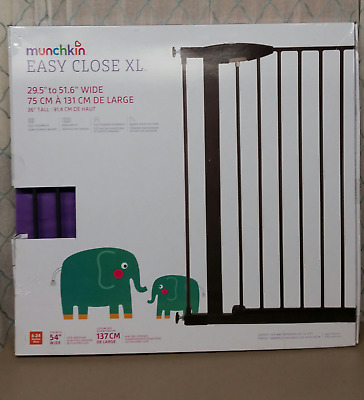 "Munchkin Easy Close XL Metal Baby Gate, 29.5"" - 51.6"" Wide, Black, New in Box"