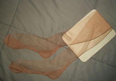 Vintage New Old Stock PETTIFLAW Nylon STOCKINGS w Seams & Cuban Heel Sz 10 33 ½""