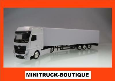 Truckrohling +++ Mercedes Actros (MP4) Sattelzug (weiss / white)
