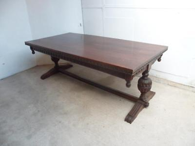 A Cracking Solid Golden Oak 10-12 Seater Pineapple Chunk 1920s Dining Table