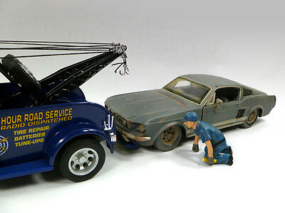 Tow Truck Driver SCOTT - 1/18 scale figure - NEW from American Diorama