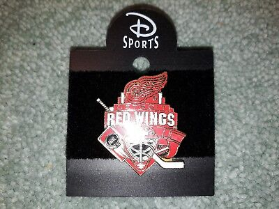Disney Sports Ice Hockey Team NHL Detroit Red Wings Collectable Pin Badge