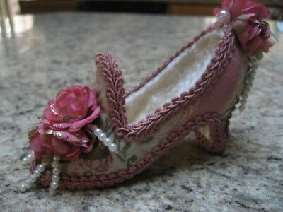 Victorian Shoe Decoration/ Ornament -Pink Roses