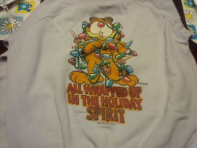 """Vintage Garfield """"All Wrapped up in the Holiday Spirit"""" Sweatshirt Size L"""