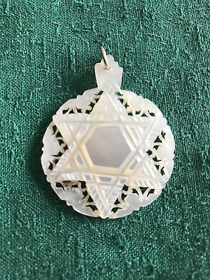 JUDAICA VINTAGE pendant CARVED MOTHER OF PEARL Star of David.