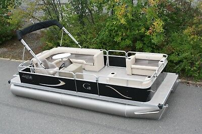 New 20 ft Rear entry cruise  pontoon boat