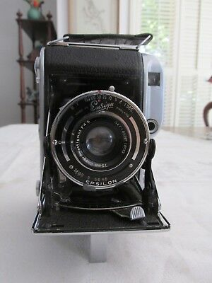 Vintage Ensign 220 Camera Auto Range in Leather case Made in England