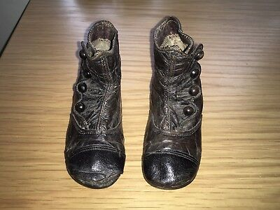 Gorgeous Pair of Antique Victorian Baby / Childs Buttoned Shoes / Boots