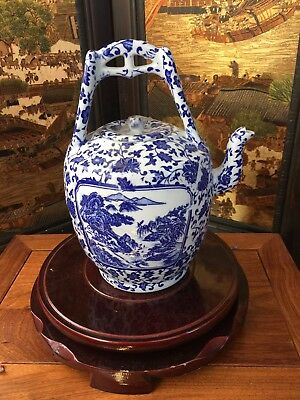 Hand-painted Chinese Blue-and-white Porcelain Teapot