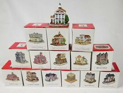 Liberty Falls American Collection Buildings GREAT CONDITION lot of 14 Court Post