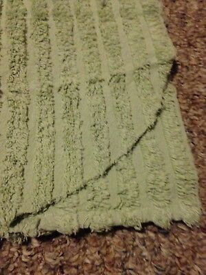 Chenille Bedspread King 100x110. With 2 Shams. Very Nice