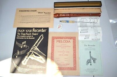 Vintage Weiss Superior Wood Descant Recorder Flute And 3 Books NOS