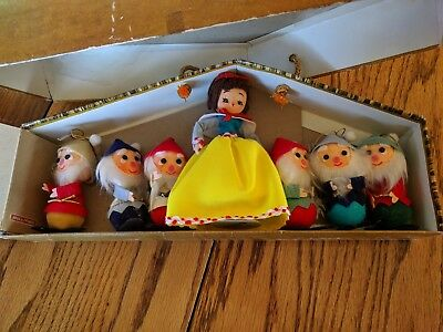 Vintage Fao Schwarz Snow White And The 7 Dwarfs Dolls House Package