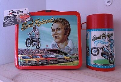 Unused 1974 EVEL KNIEVEL Lunchbox With Original Tag, Sticker, And Thermos