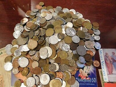 Lot of over 4 Pounds World Coins 600+ COINS  Many Countries some over 60 years