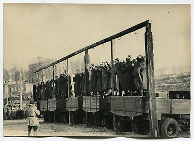 Wwii Large Size Press Photo: Execution Of German Military Criminals, 2. 2. 1946