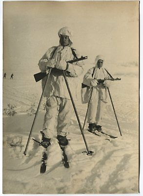 Wwii Large Size Press Photo: Russian Scouts On Skis & In Winter Camouflage