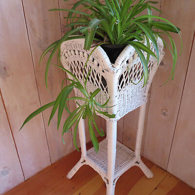 "Vintage White Wicker & Bead 32"" Plant Fern Stand Planter Garden Cottage Chic"