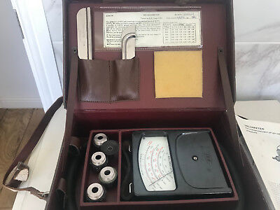 Vintage rare SEI Air Velocity Velometer in Leather Case And Accessories Excellen