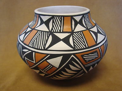 Native American Acoma Pot Hand Painted by G. Sal PT0083