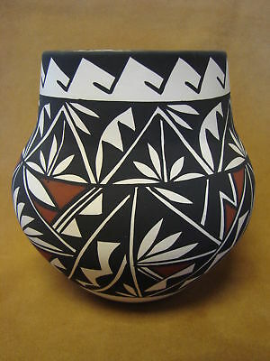 Native American Acoma Pot Hand Painted by Concho PT0081