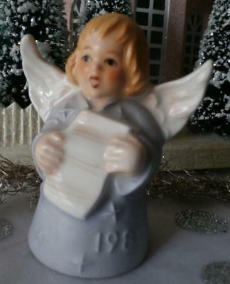 Vintage 1981 6th Edition Goebel Angel Bell  Annual Christmas Tree Ornament