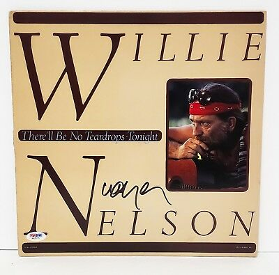"""WILLIE NELSON Signed Vinyl """"THERE'LL BE NO TEARDROPS TONIGHT"""" Album LP PSA/DNA"""