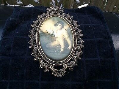Vintage Cast Brass Oval Ornate Wall Hanging Picture Frame Silk Picture