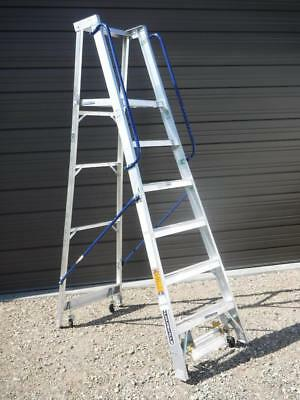 AP5006 Louisville Ladder 6 Foot Aluminum Mobile Platform Rolling Step Ladder