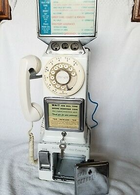 Vintage Automatic Electric 3 slot Payphone with BOTH KEYS!!  New lower price!!