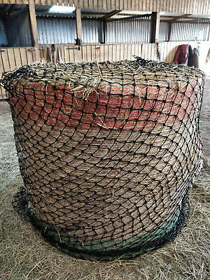 Round Bale Hay Net Haylage Slow Feeder Small Holes  And 6 Feet Bales