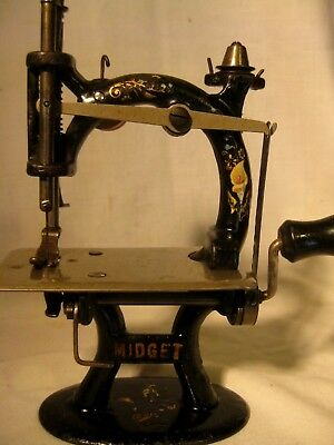 Midget Cast Iron Childs Early Sewing Machine Lilies