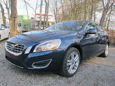 2012 Volvo S60 T5 VOLVO S60 T5 2012 LOW MILEAGE! CLEAN CAR!!