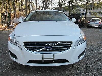 2013 Volvo S60 T5 AWD VOLVO S60 2013 WHITE TAN LOW MILEAGE ALL WHEEL DRIVE
