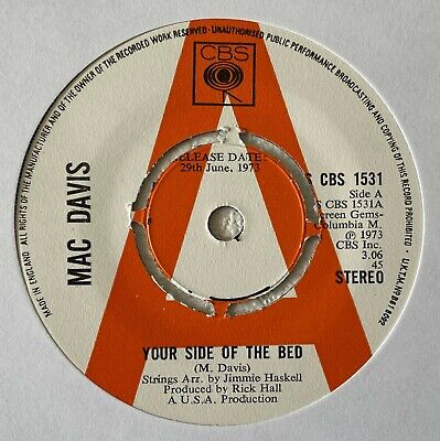 """MAC DAVIS~YOUR SIDE OF THE BED / CHOP NO WOOD~1973 UK """"PROMO"""" 7"""" SINGLE [Ref.2]"""